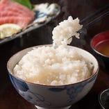 コシヒカリベースのオリジナルブレンド米を使用