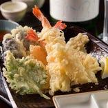 海老と野菜の天婦羅盛り合わせ