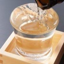 料理を引き立てるオリジナル日本酒