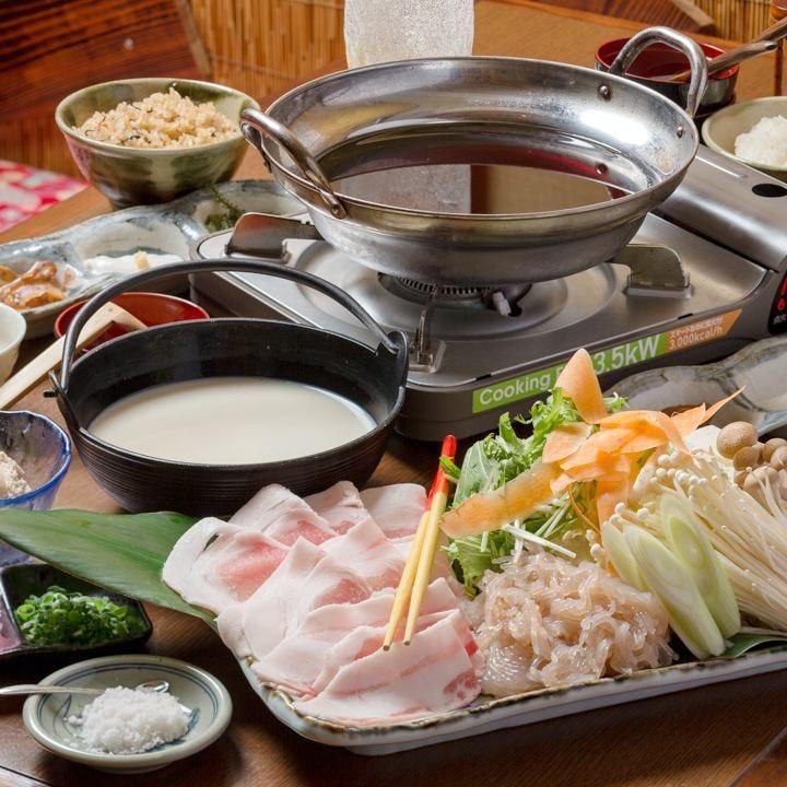 ◆泡盛&黒糖で仕込んだ特製割下であぐー豚を味わう『すきやきコース』[全6品]