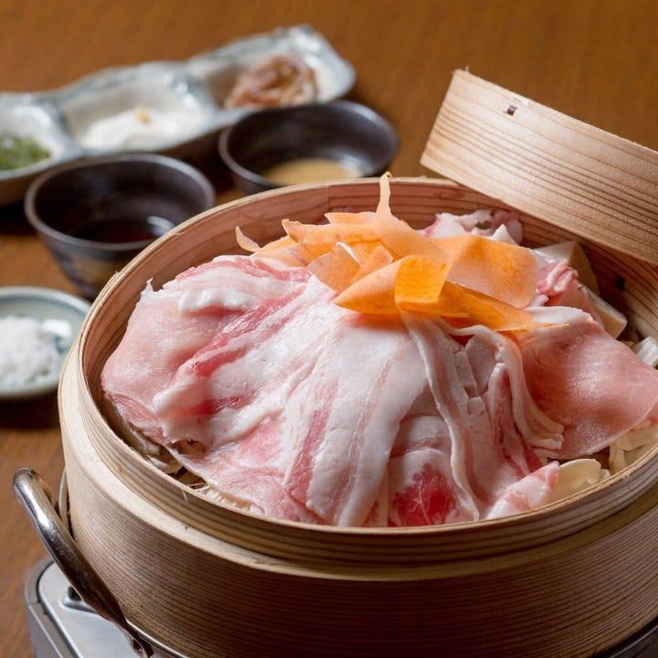 沖縄で育った食材を様々な調理法で