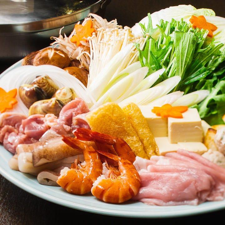【GoToEatポイント貯まる!使える!】肉も魚介も!色鮮やかな『寄せ鍋コース』<全5品>|宴会 飲み会