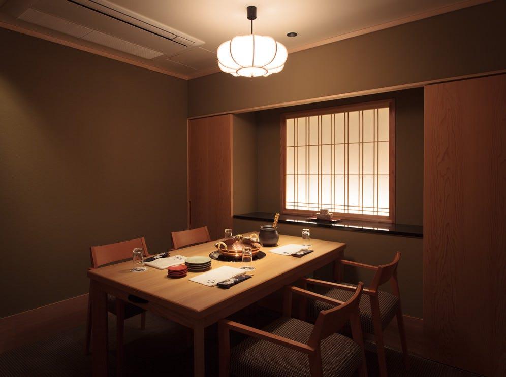 テーブル個室は9部屋ご用意