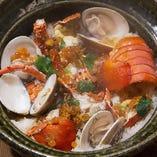 盛り付けも美しく、上品な味わいの和風創作料理の数々。