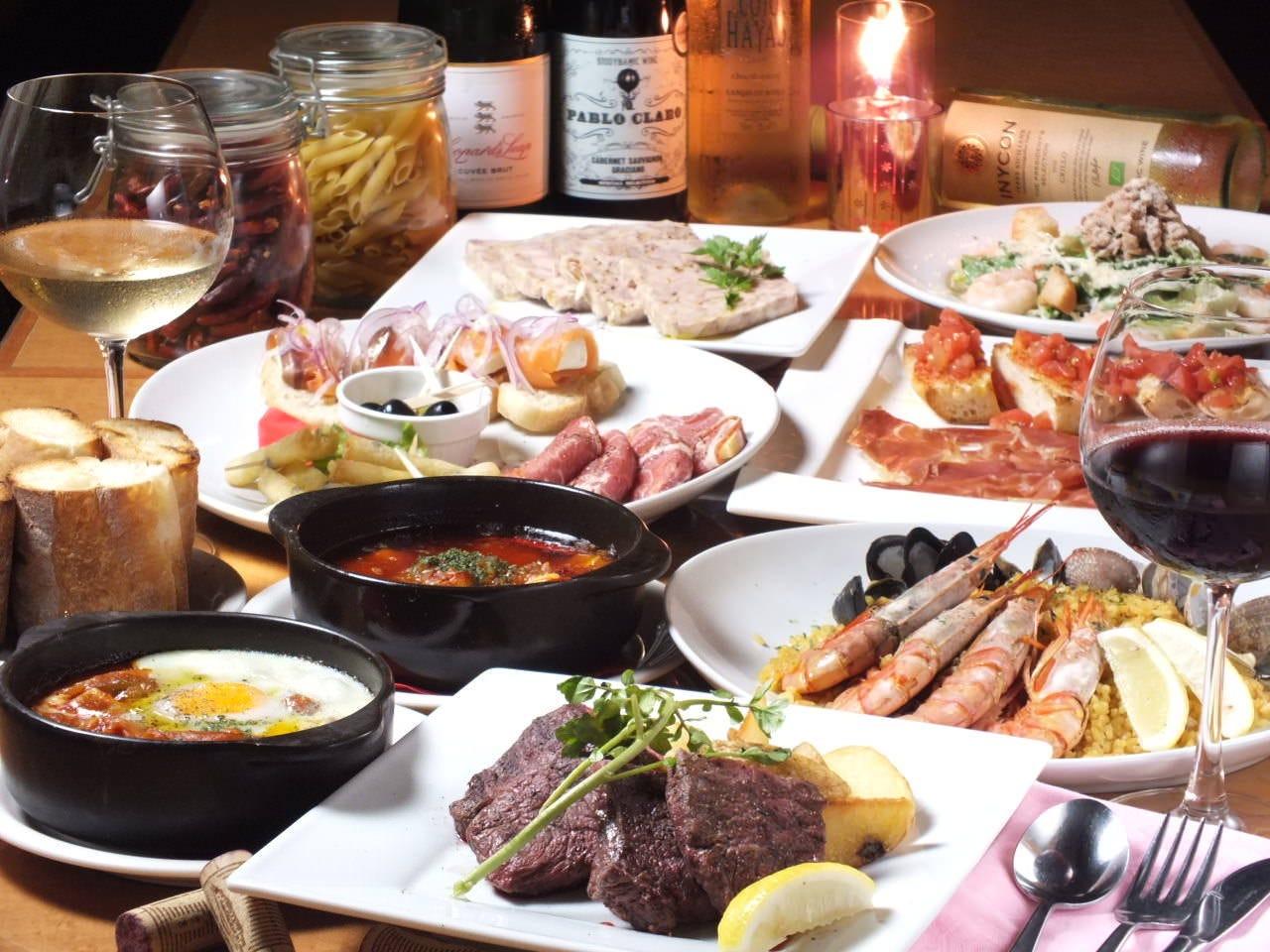 幹事様必見!!!前菜はタパス堪能、自慢の肉料理、本場のパエリア含む13品 2h飲み放題 ¥3,800(税別)コース
