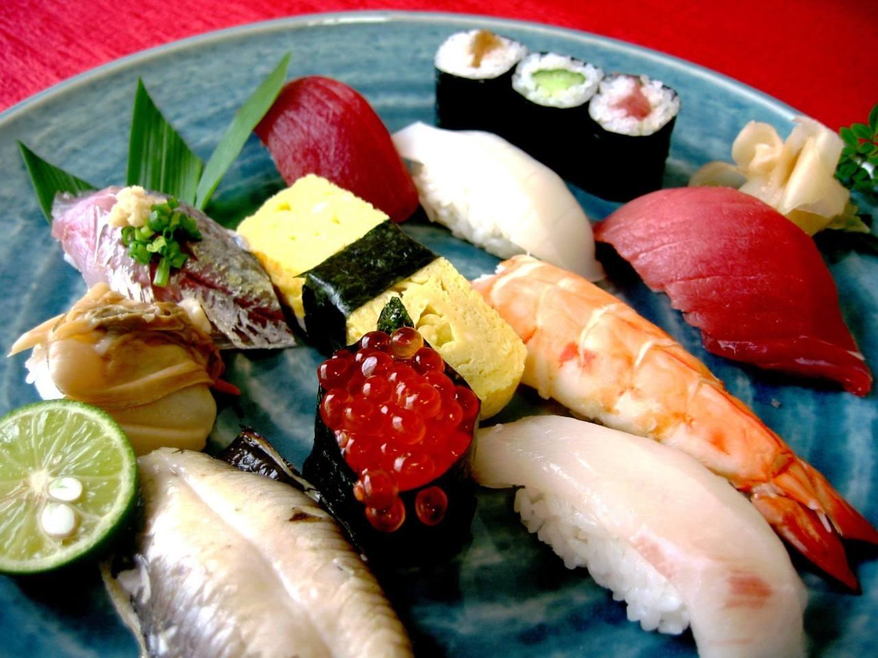 ランチで江戸前鮨を堪能できる