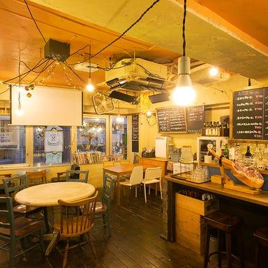 CAFE&BAL SKETCHY  店内の画像