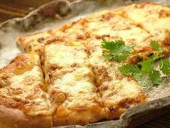 とろ~りチーズのナンピザ