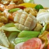 揚げ豆腐の海鮮炒め