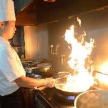 本場のシェフが伝統を守りながら、新感覚な広東料理をご提供しております