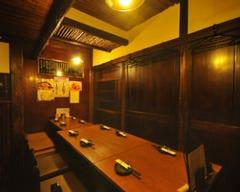 炭火串焼きと鶏料理 田蔵  店内の画像