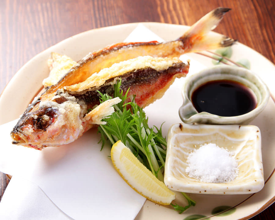 【グルクンの唐揚げ】 沖縄県魚タカサゴの唐揚げ