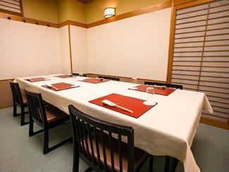 慶事や祝席に重宝する個室