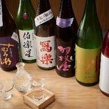 グランドメニュー以外にも約20種の日本酒を常備