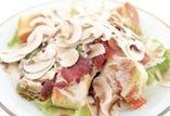 生マッシュルームの削りサラダ