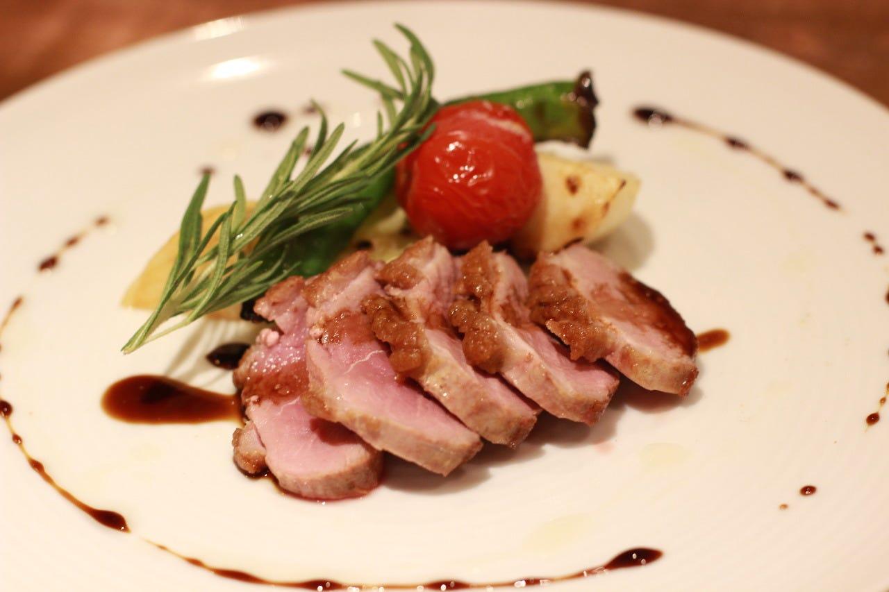 鴨むね肉のロースト ¥1200