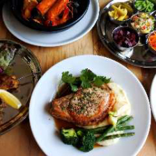 ■五感を刺激する料理の数々を