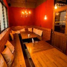 ウッドテーブルの完全個室(14名様)