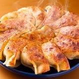 豚と生姜の焼餃子