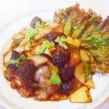 珍しいネパール料理も豊富に取り揃えております