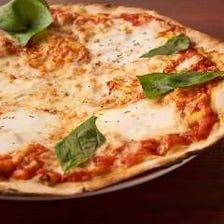 250℃でじっくり焼いた自家製pizza
