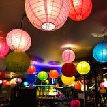 アジアのナイトマーケットにある屋台を想わせます!