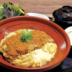 沖縄豚のロースかつ玉子とじ丼