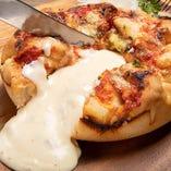 チーズ好き必見!! jadore 名物シカゴピザ