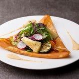 三ケ日みかんを使った野菜のガレット 焼モッツァレラチーズ