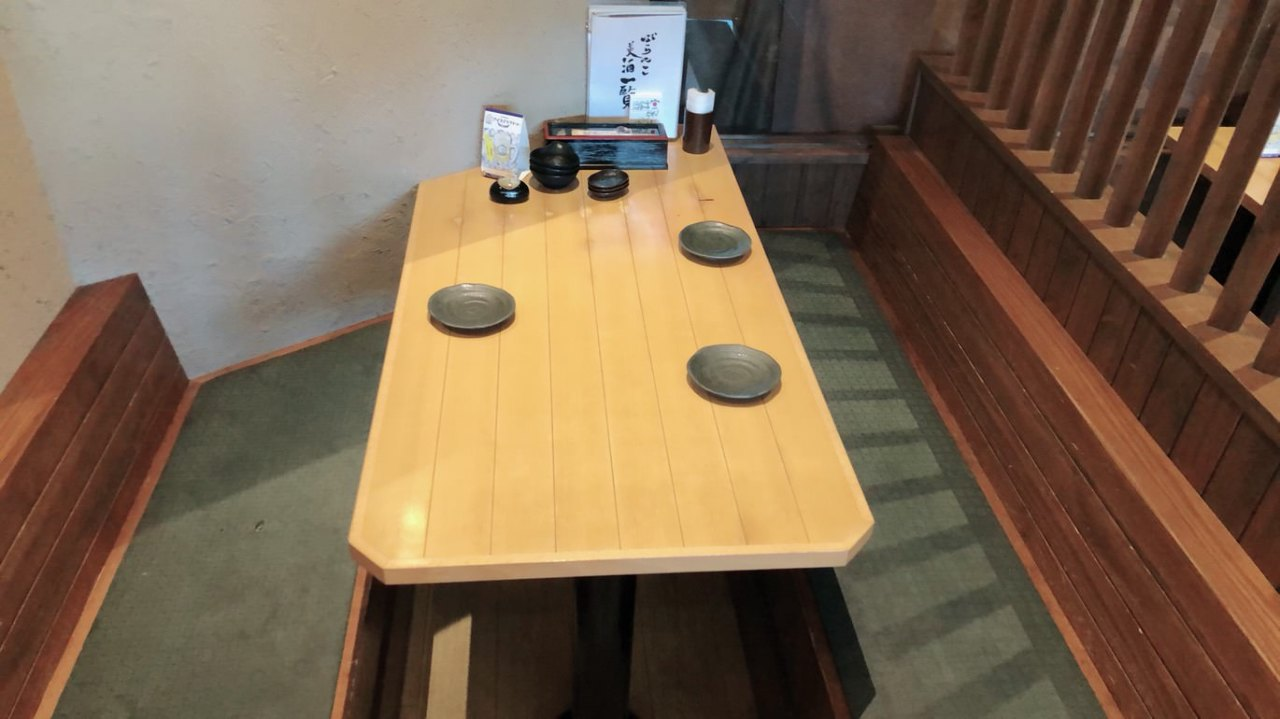 テーブル席・3名様~5名様