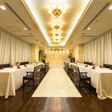 バトゥール大阪 ホテルバリタワー天王寺店 店内の画像