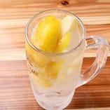 【最強レモンサワー】 凍結レモン入!おかわり 219円(税込)
