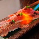 人気の!霜降り仙台牛炙り寿司