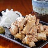 【味・質・量に自信】ジューシー鶏もも炙りや唐揚げなど9品『おまかせ4,000円(税抜)コース』飲み放題付