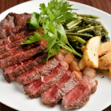 ボリューム満点しっかりした肉質の1パウンドアンガス牛ステーキ