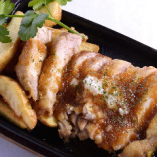 特選若鶏モモ肉のソテー