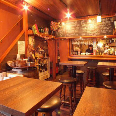 手作りピザとワイン MIFUKU 平和島  店内の画像