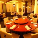 中華ならではの円卓個室