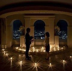 【一生に一度のプロポーズをとびっきりの演出で】お二人の記念に残るサプライズ演出をお手伝いします