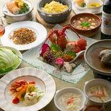 フカヒレ、鮑、海老、北京ダックなど豪華食材の饗宴