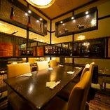 2~20名様の大小宴会個室は人数に合わせてレイアウト可能です