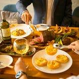 農家直送の新鮮野菜、豪快な肉料理、ピッツァなど本格イタリアンを堪能