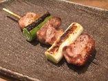 ジューシーな地鶏とねぎの旨味の調和を愉しむ地鶏のねぎま串