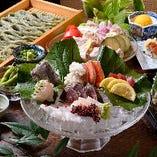 北海道からの鮮度抜群魚介!越後名物へきそばは当店名物料理です