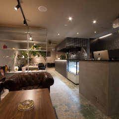 THE STRUCTURE HOSTEL&CAFEBAR