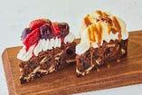 ストロベリー&ダークチェリーチョコレートケーキ