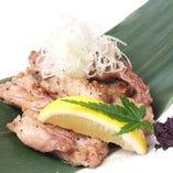 高宮熟成鶏のせせりの黒胡椒焼き