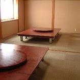 広間(8~12名様)×2部屋(最大24名様)