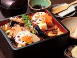 あなごと、旬の素材で彩られる「ちらし寿司」。