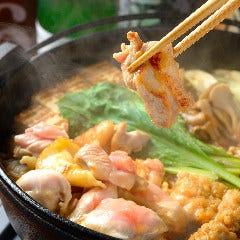 名物 純系名古屋コーチンのひきずり鍋(鶏すき)